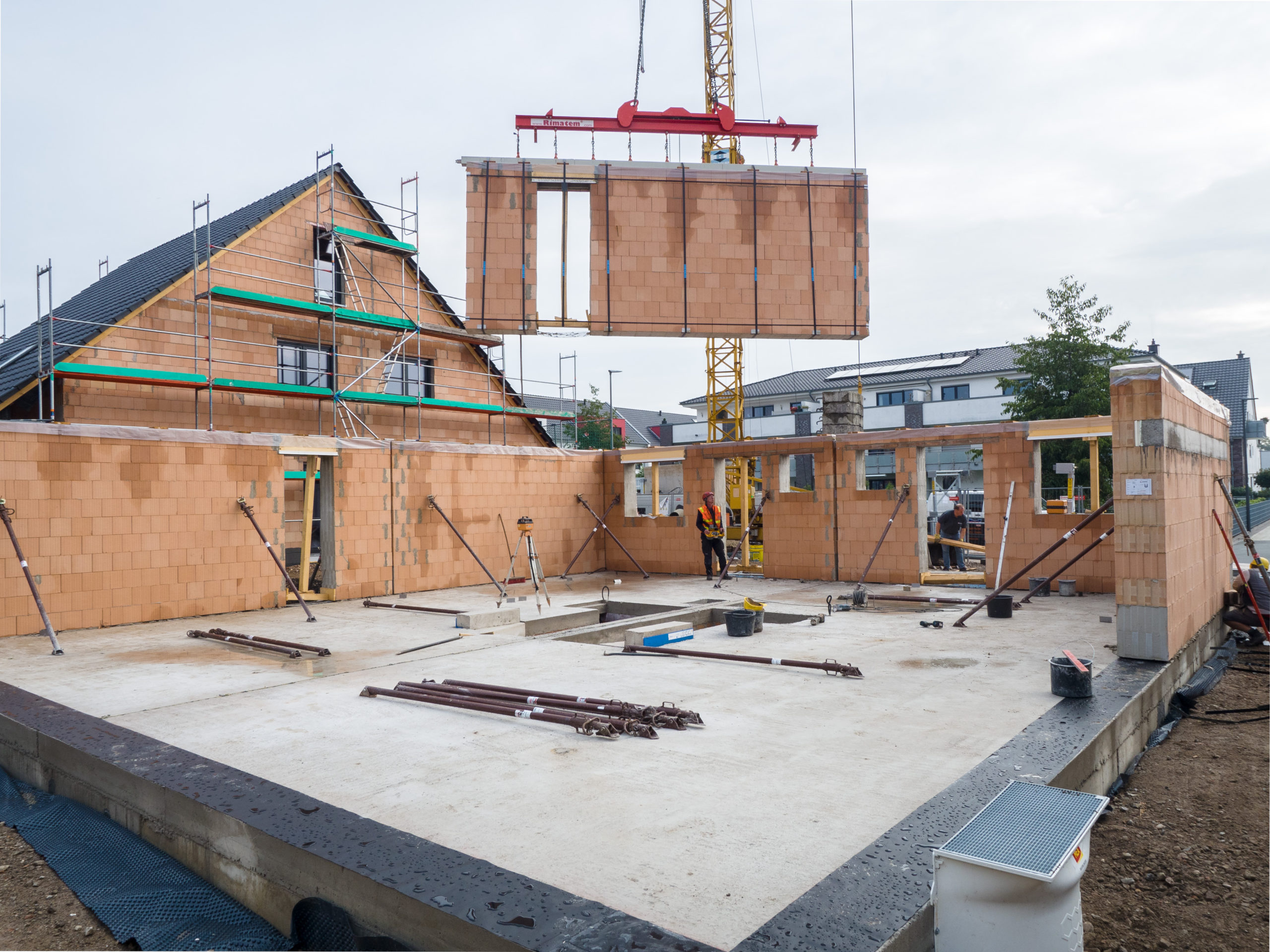 Neubau von 3 Doppelhäusern in Ziegelelementbauweise